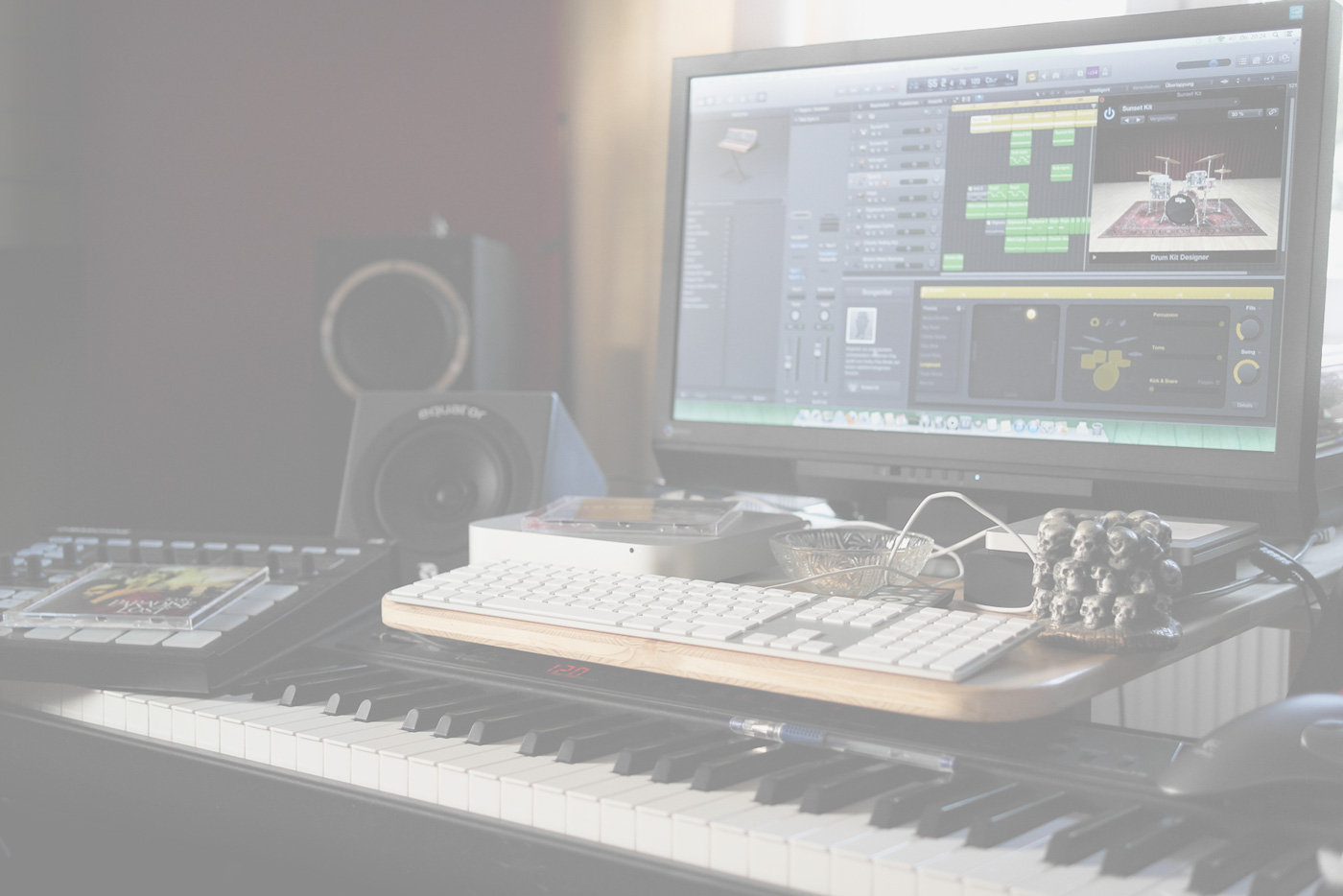 LOGIC_HOMESTUDIO